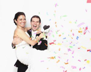Bérelj fotókabint esküvőre - Photobomb.hu